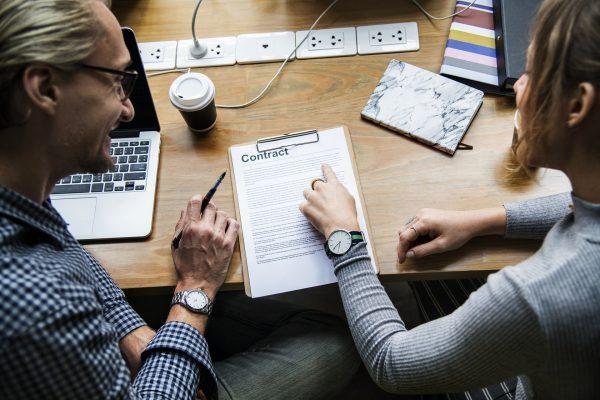 conclure et sgner l'acte de cession d'entreprise